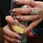 938704_drink_and_nails